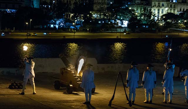 The Shooting of Havana's Cannon of 9 O'Clock
